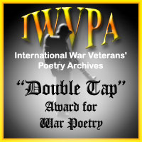 "Este poema ha sido galardonado con ""Double Tap Award For War Poetry"""